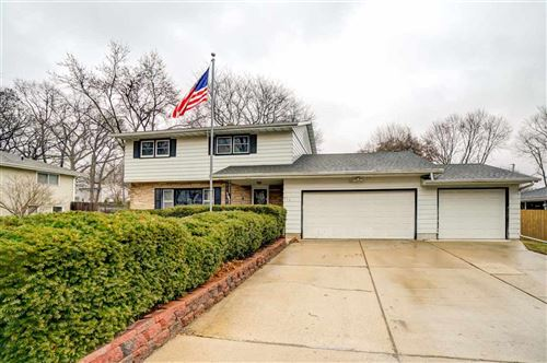 Photo of 513 Shearwater St, Madison, WI 53714 (MLS # 1878757)