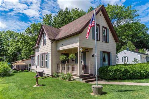 Photo of 120 13th St, Baraboo, WI 53913 (MLS # 1886757)