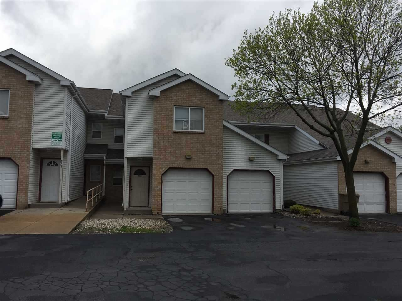 966 Rockefeller Ln, Madison, WI 53704 - #: 1905758