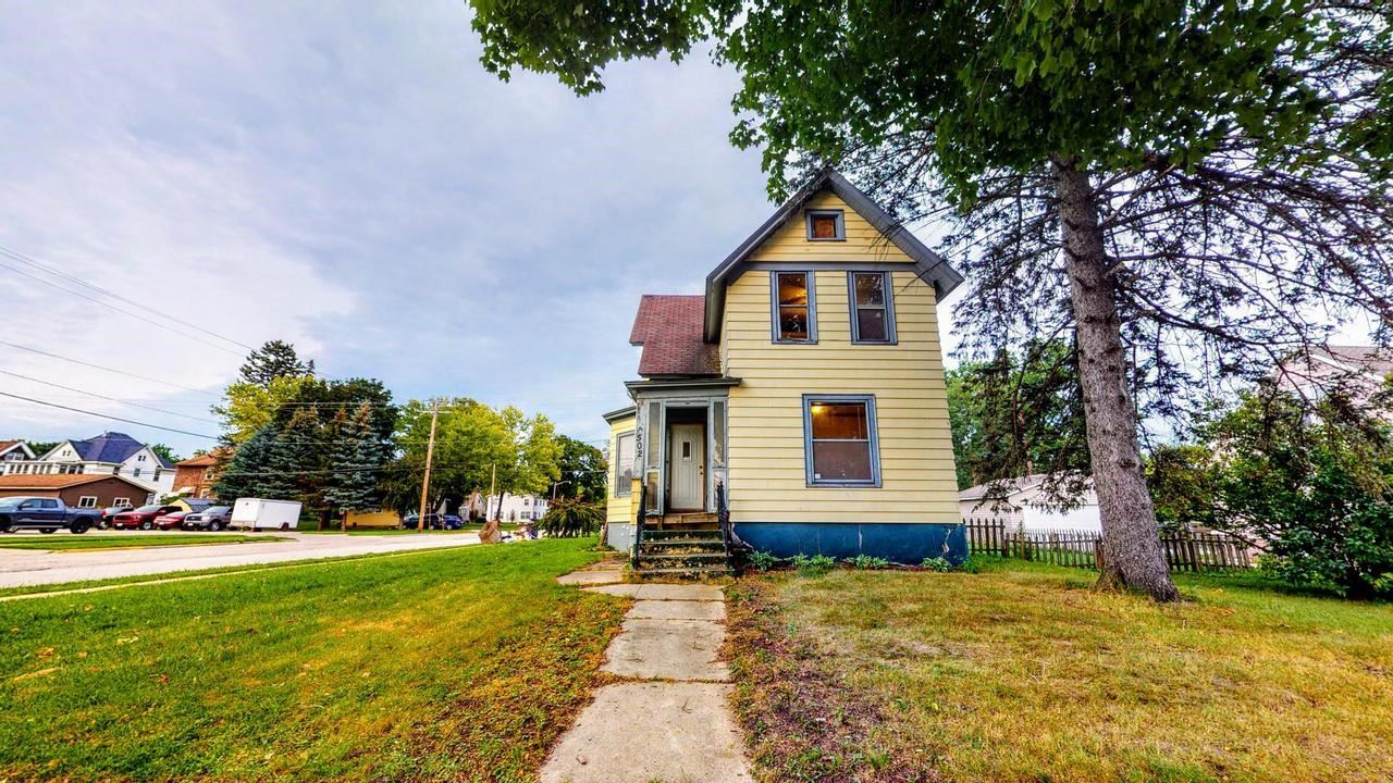 502 S Center Ave, Jefferson, WI 53549 - #: 376762