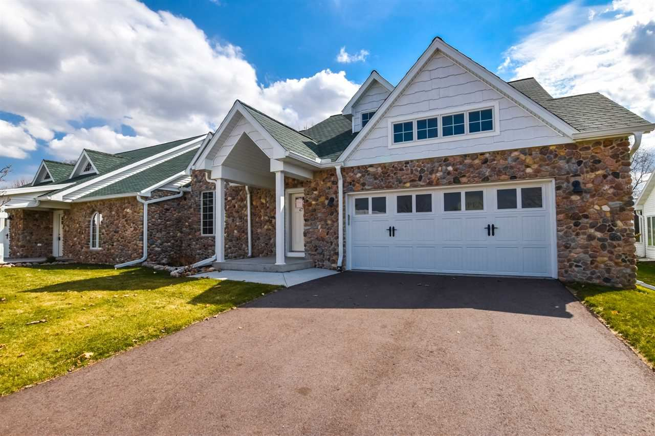 471 Golf Hill Ct, Green Lake, WI 54941 - #: 1905763