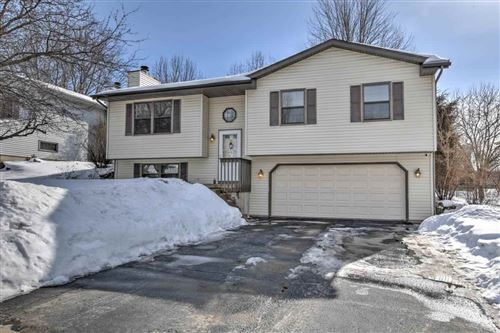 Photo of 5709 Oxbow Bnd, Madison, WI 53716 (MLS # 1902764)