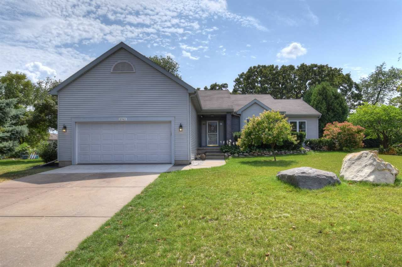 3742 Country Grove Dr, Madison, WI 53719 - #: 1895766