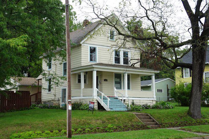 1015 Tyler St, Janesville, WI 53545 - #: 1890767