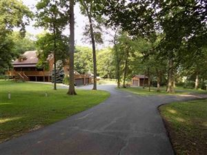 Photo of N2810 Mode Ln, Fort Atkinson, WI 53538 (MLS # 1856768)