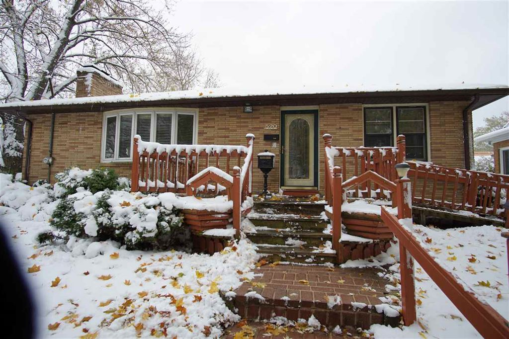 520 S 4th St E, Fort Atkinson, WI 53538 - MLS#: 1871769