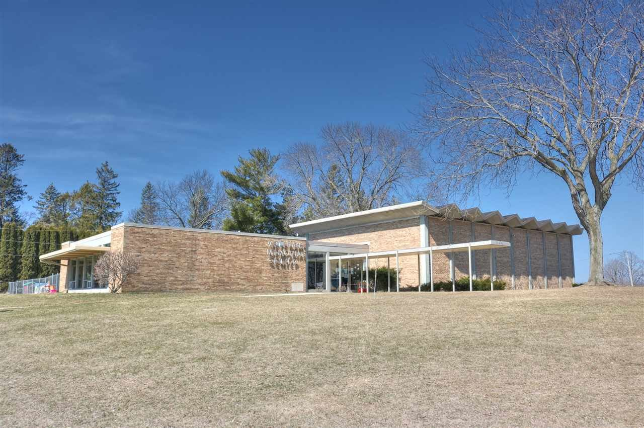 f_1879771 Commercial Properties for in Sale Edgerton, WI