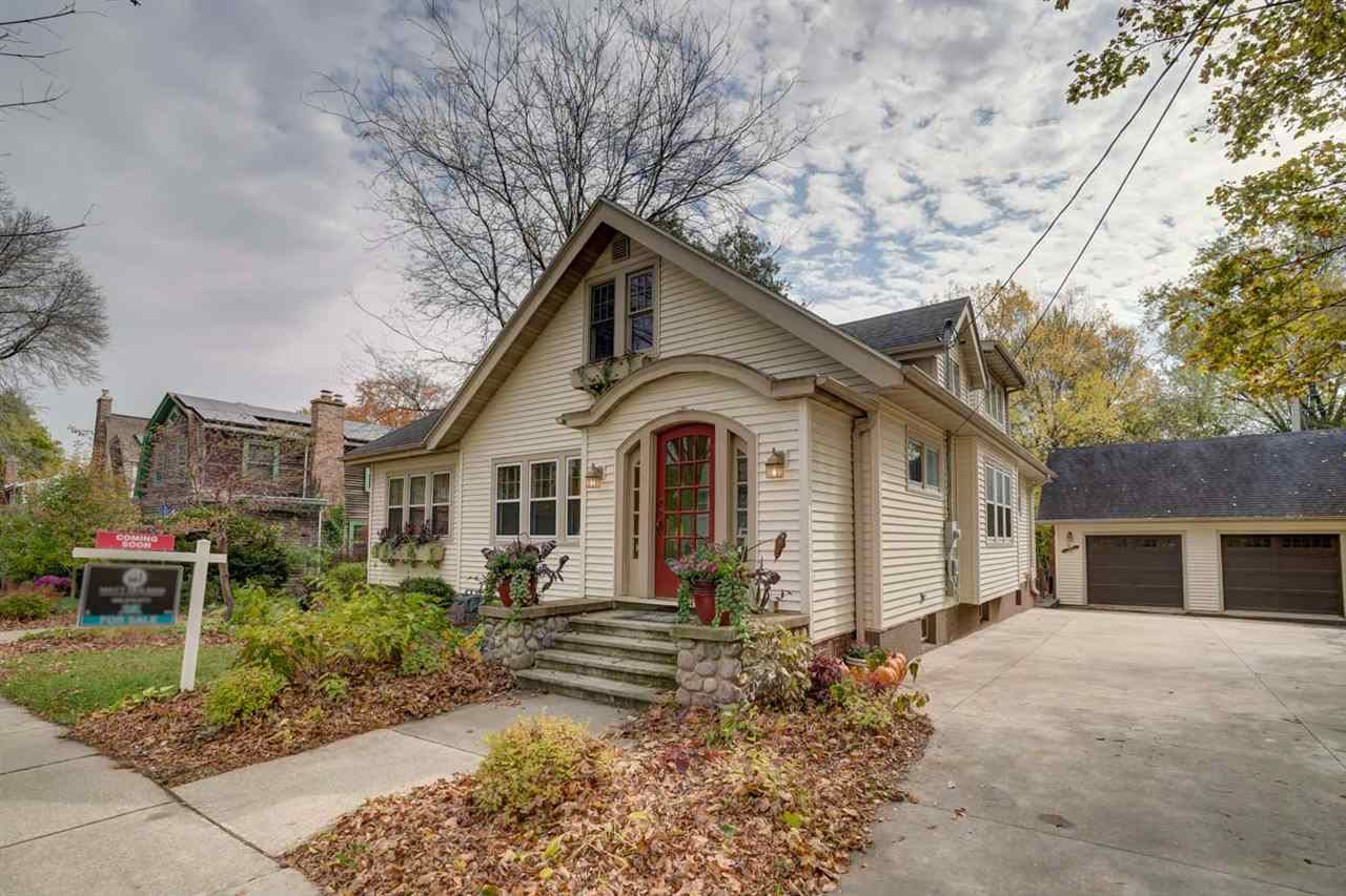 2221 Commonwealth Ave, Madison, WI 53726 - #: 1895772