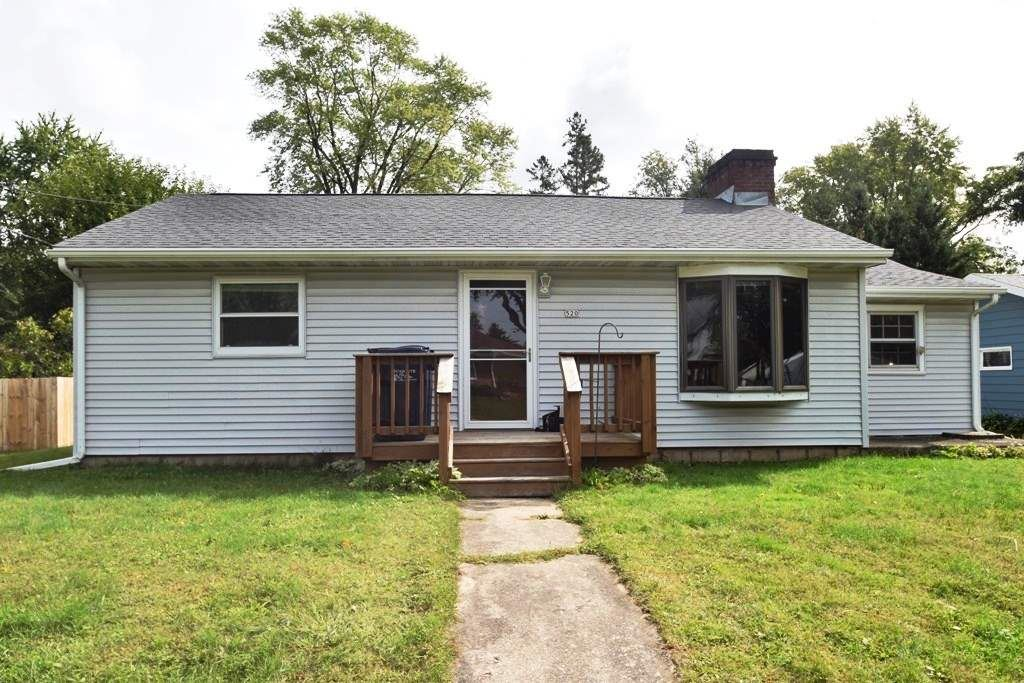 520 N Lincoln St, Poynette, WI 53955 - #: 1893776