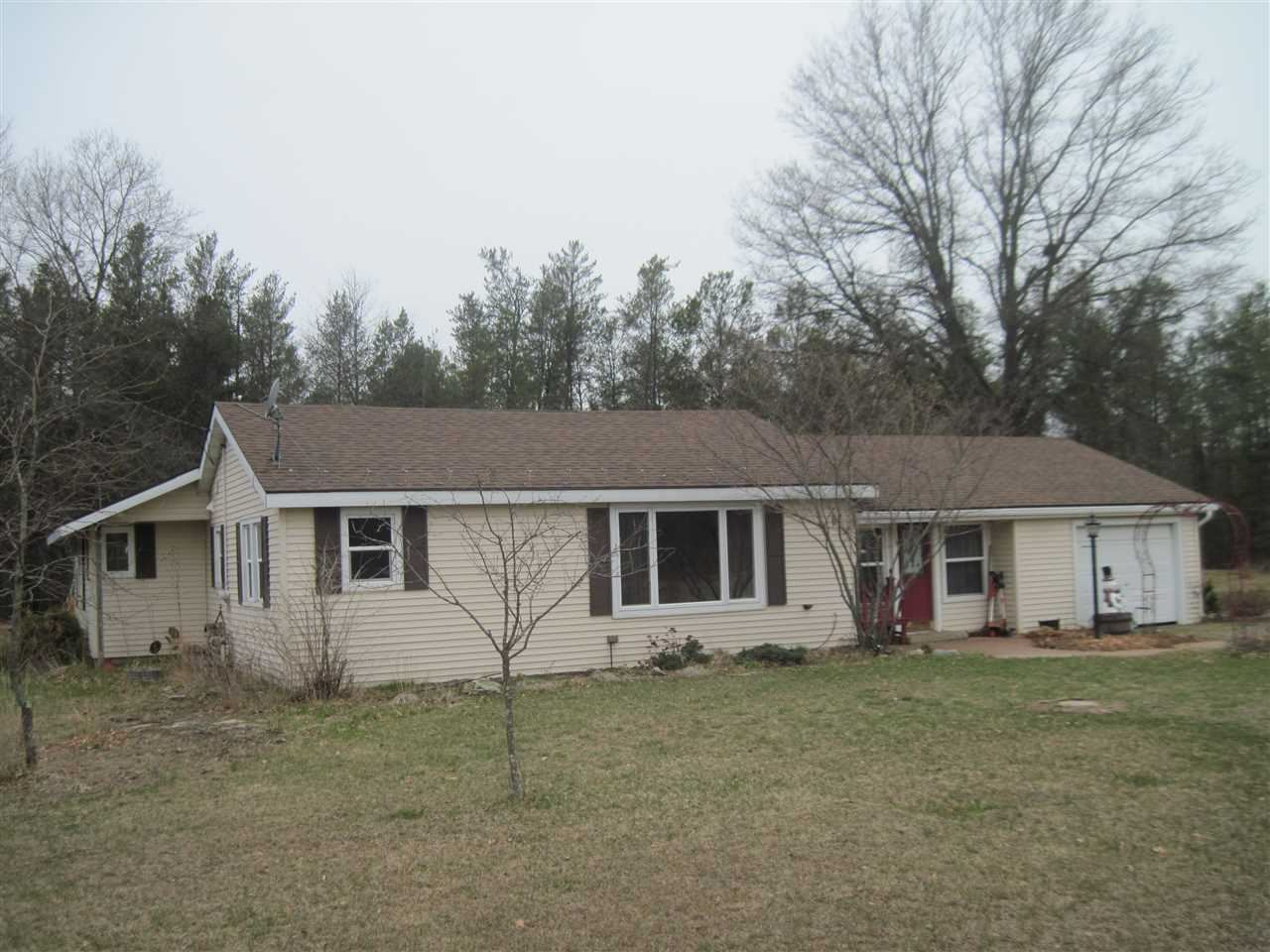1195 13th Ave, Arkdale, WI 54613 - #: 1875777