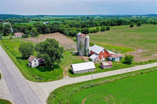 Photo of N6638 Kroghville Rd, Waterloo, WI 53594 (MLS # 1888780)