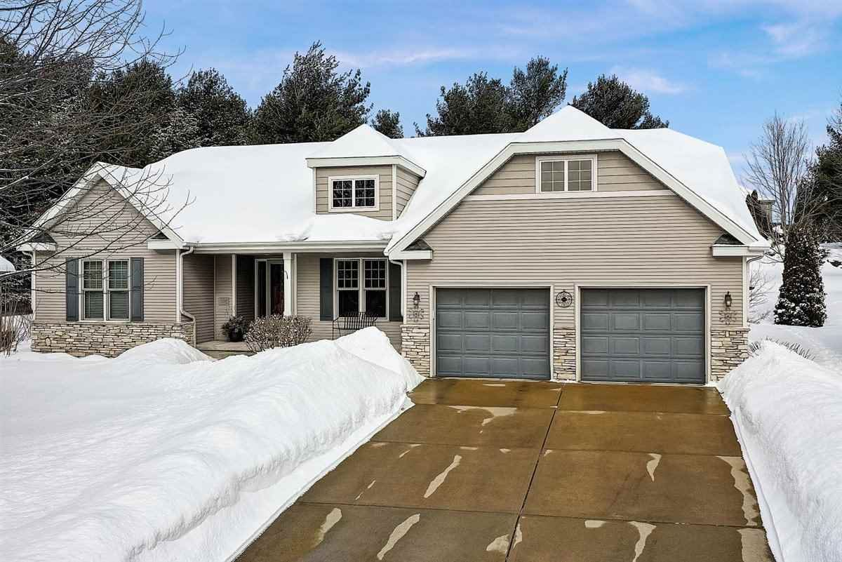 1137 Meadow Sweet Dr, Madison, WI 53719 - #: 1902780