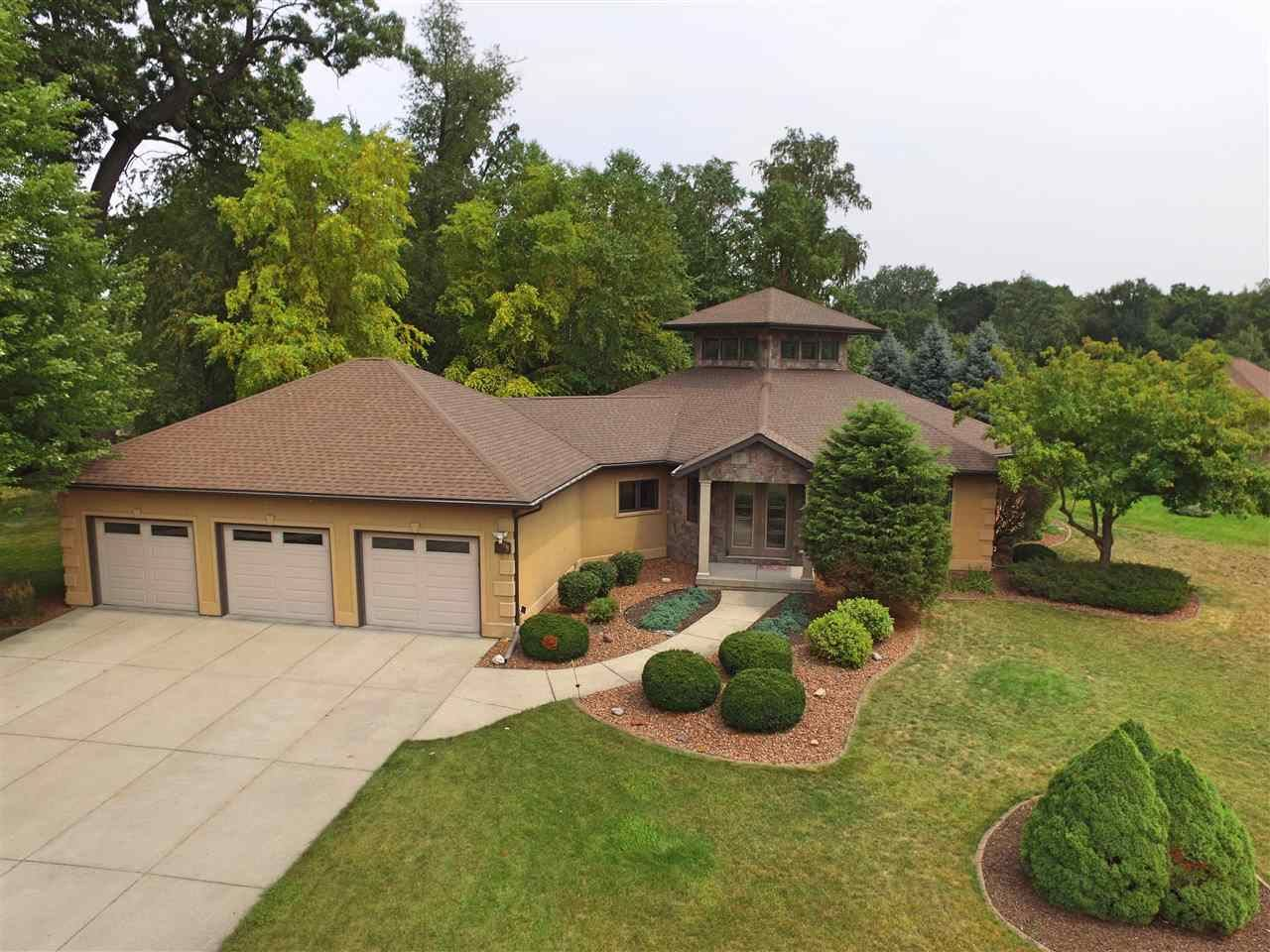 4104 N Wright Rd, Janesville, WI 53546 - #: 1919780