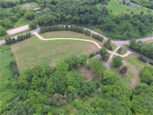 Photo of 4704 Enchanted Valley Rd, Middleton, WI 53562 (MLS # 1860781)