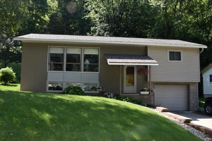 987 Valley View Dr, Richland Center, WI 53581 - #: 1913781