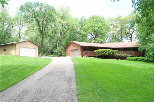 Photo of W12126 Woodside Cir, Waterloo, WI 53594 (MLS # 1884786)