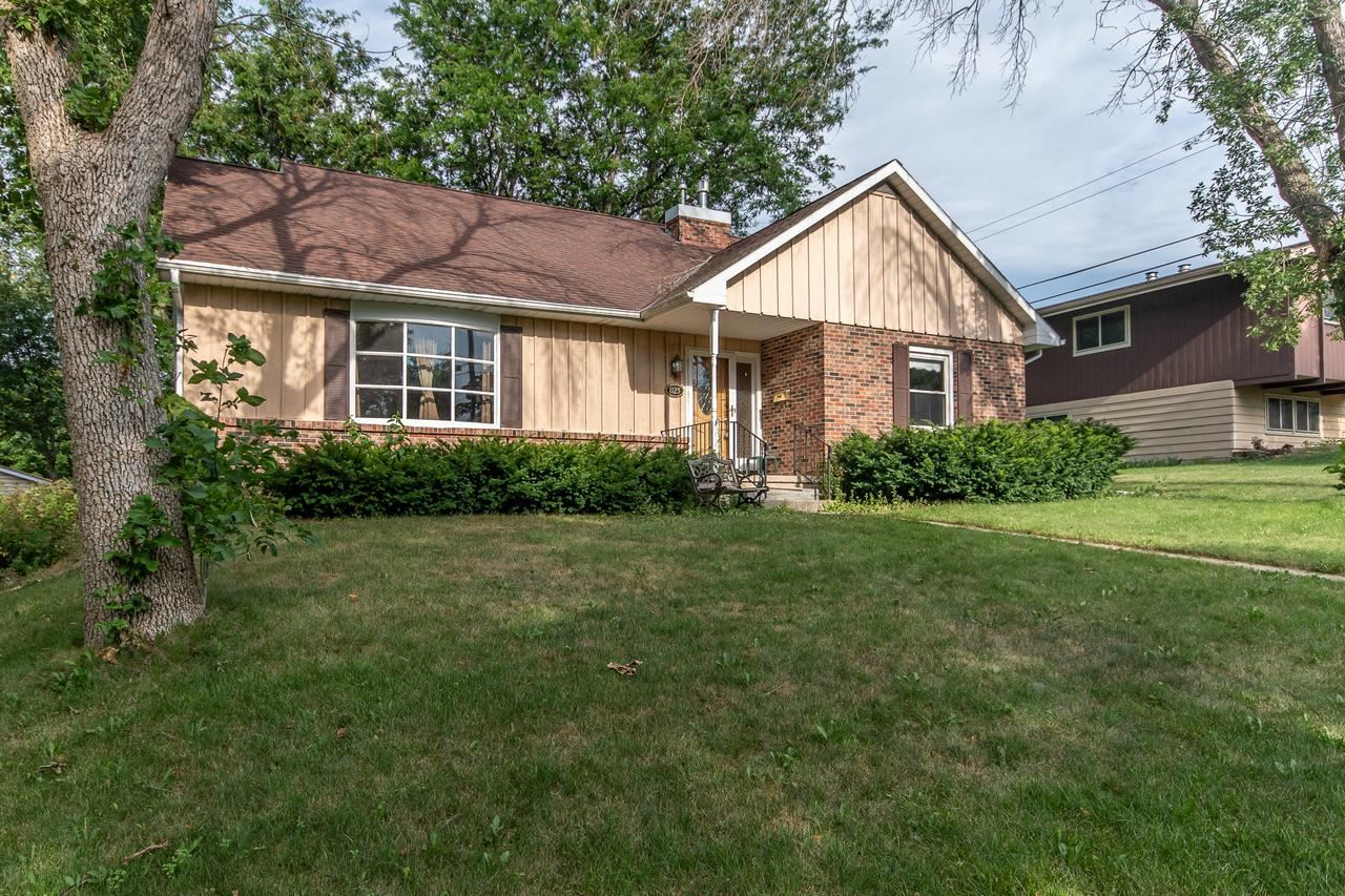 1125 Grove St, Fort Atkinson, WI 53538 - #: 369792