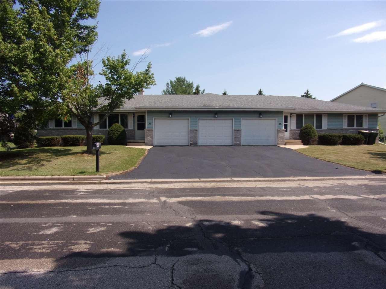 28-30 Terrace Chase, Sun Prairie, WI 53590 - #: 1915795
