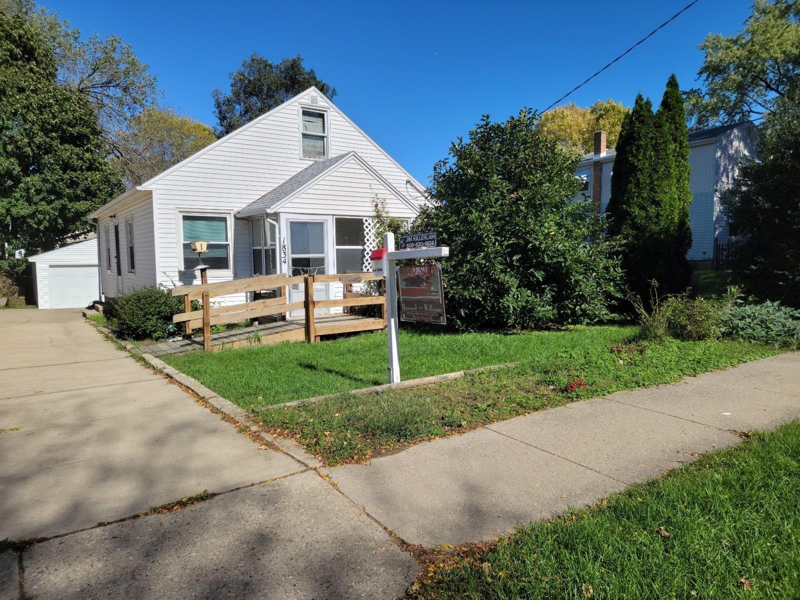 Photo for 1834 Northwestern Ave, Madison, WI 53704-3418 (MLS # 1921797)