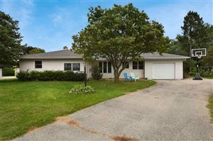 Photo of 5508 Schluter Rd, Monona, WI 53716 (MLS # 1867799)