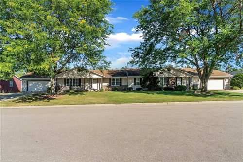 Photo of 1073 Nantucket Dr, Janesville, WI 53546 (MLS # 1919799)