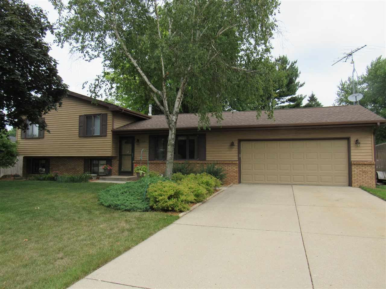 2401 Browning Dr, Janesville, WI 53546 - #: 1915802