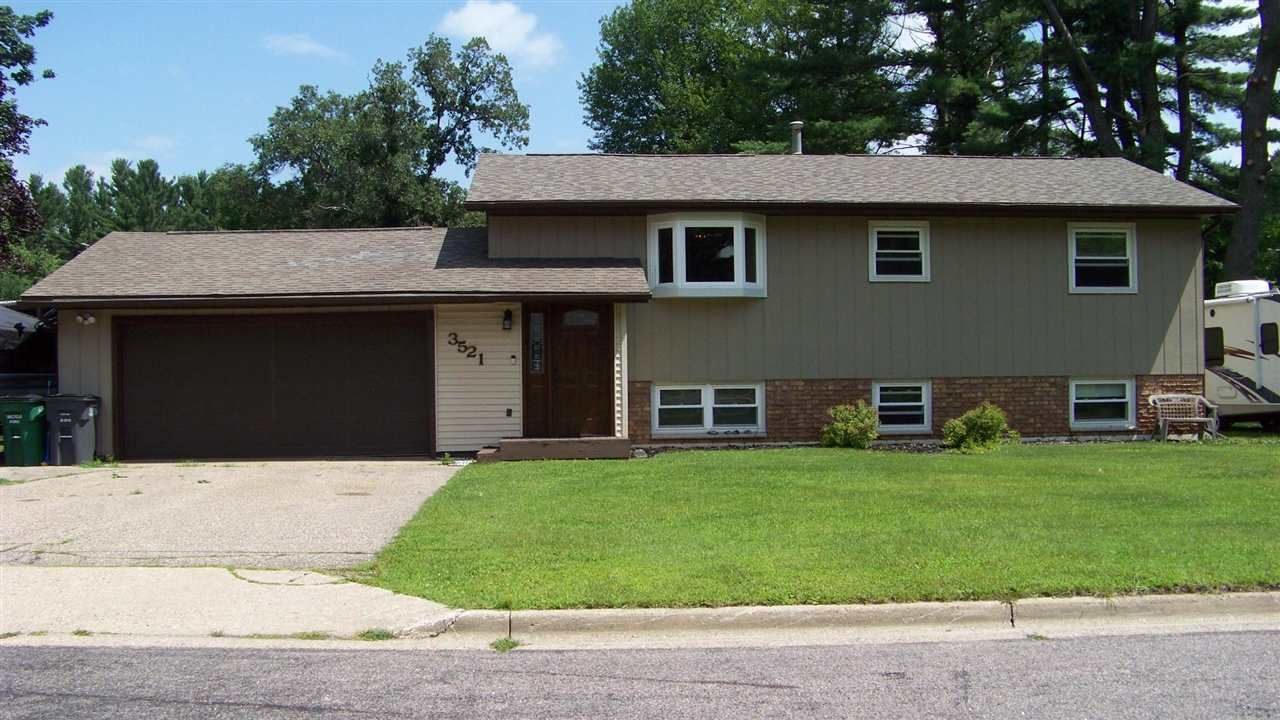 3521 S 4th St, Wisconsin Rapids, WI 54494 - #: 1916802