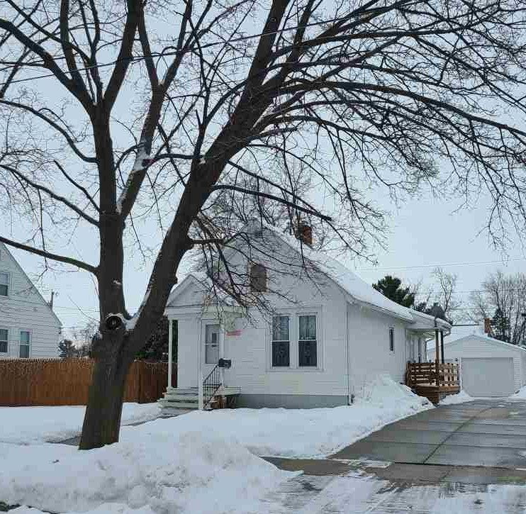 1324 E Holmes St, Janesville, WI 53545 - #: 1900804