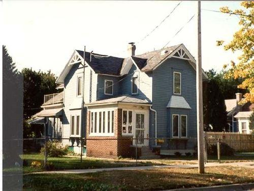 Photo of 736 Oak St, Beloit, WI 53511 (MLS # 1906806)