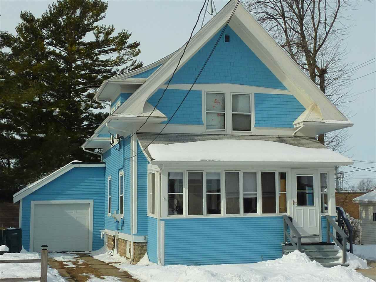 18 S Forest St, Waupun, WI 53963-2013 - MLS#: 1876807