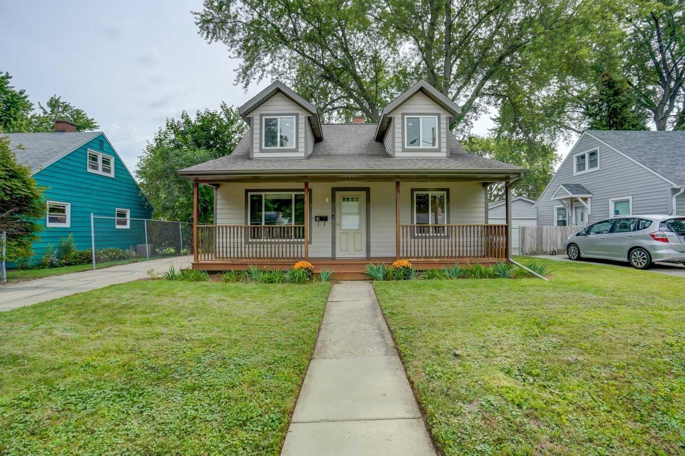 Photo for 41 Walter St, Madison, WI 53714-2315 (MLS # 1918807)