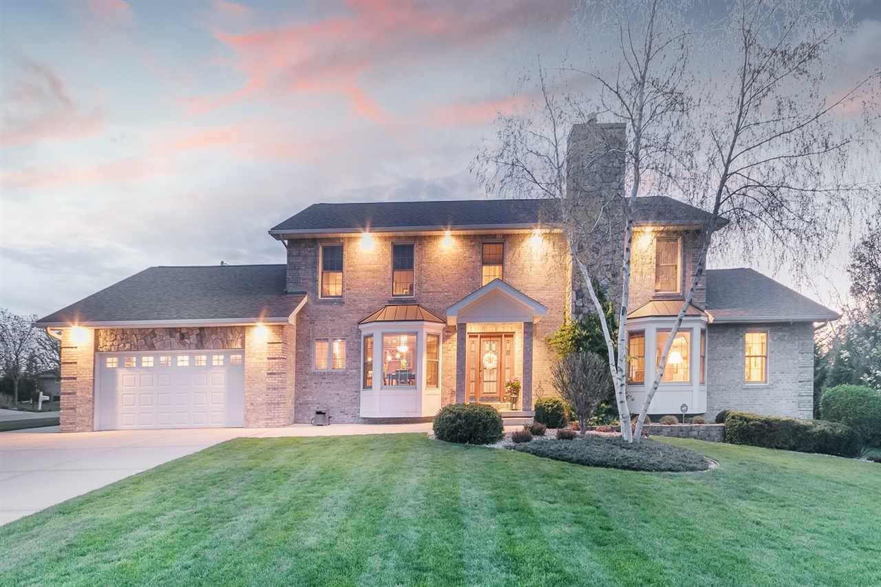 1813 Country Club Rd, Stoughton, WI 53589 - MLS#: 1874811