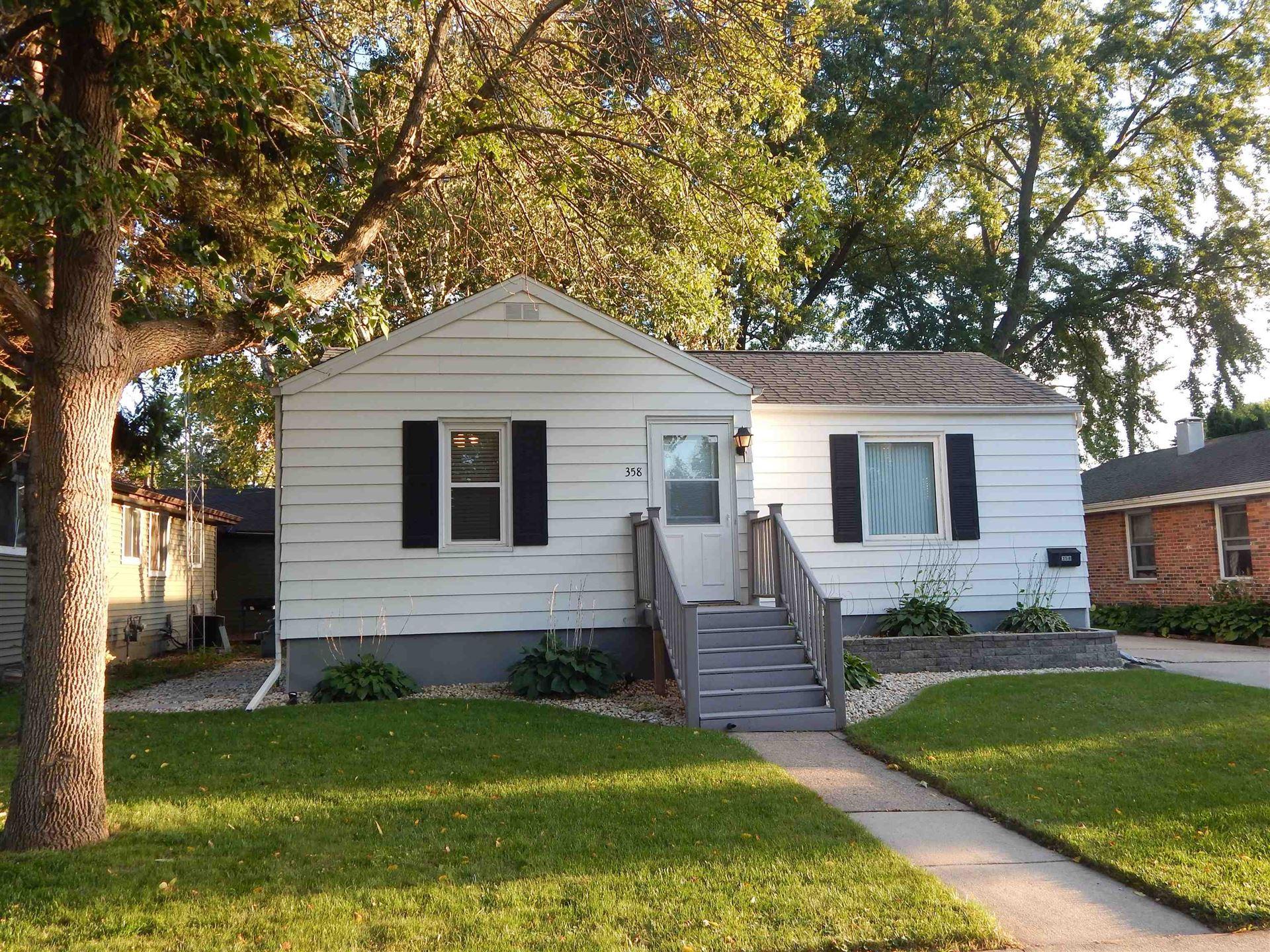 358 Salem Ave, Fond du Lac, WI 54935-5544 - #: 1919813