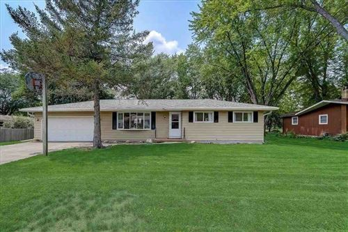 Photo of 437 Connie St, Cottage Grove, WI 53527 (MLS # 1914816)