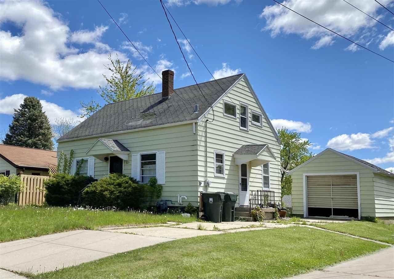 523 Martin St, Sun Prairie, WI 53590 - #: 1908816