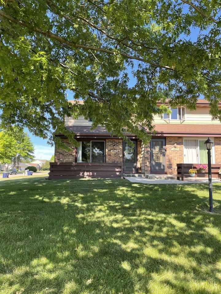 1405 Holly Dr, Janesville, WI 53546 - #: 1911819