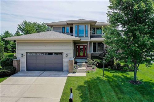 Photo of 10 Arboredge Way, Fitchburg, WI 53711 (MLS # 1886823)