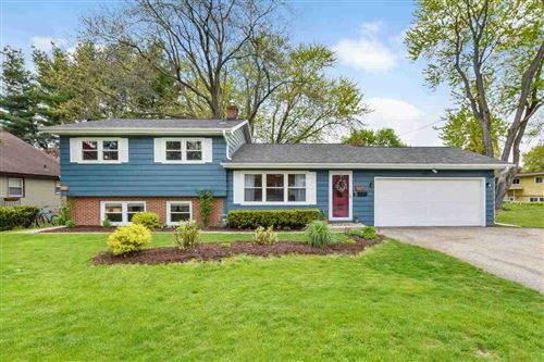 Photo of 5105 Wallace Ave, Monona, WI 53716 (MLS # 1908823)