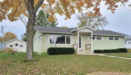 Photo of 509 Hillcrest Dr, Waunakee, WI 53597 (MLS # 1895825)