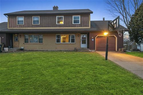 Photo of 6 Ruby Ct, Madison, WI 53714 (MLS # 1874828)