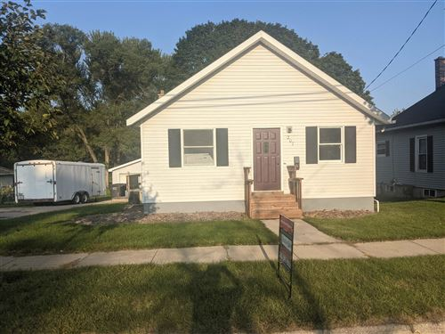 Photo of 207 N Jefferson St, Whitewater, WI 53190 (MLS # 1917830)