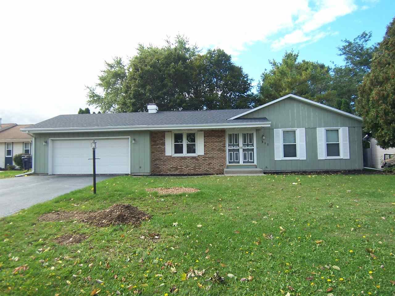 311 Exeter Dr., Janesville, WI 53546 - #: 1894831