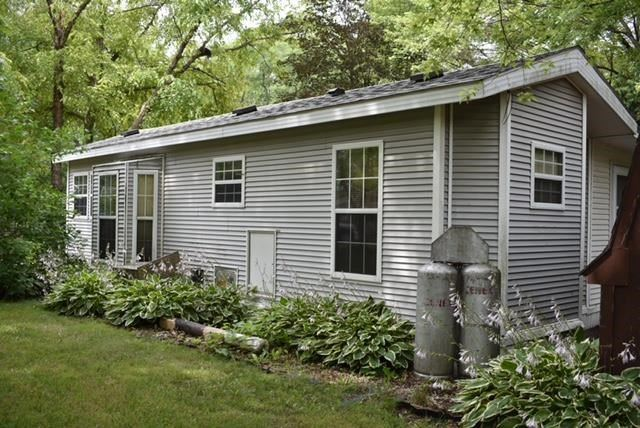 f_1914831_01 Our Listings at Best Realty of Edgerton