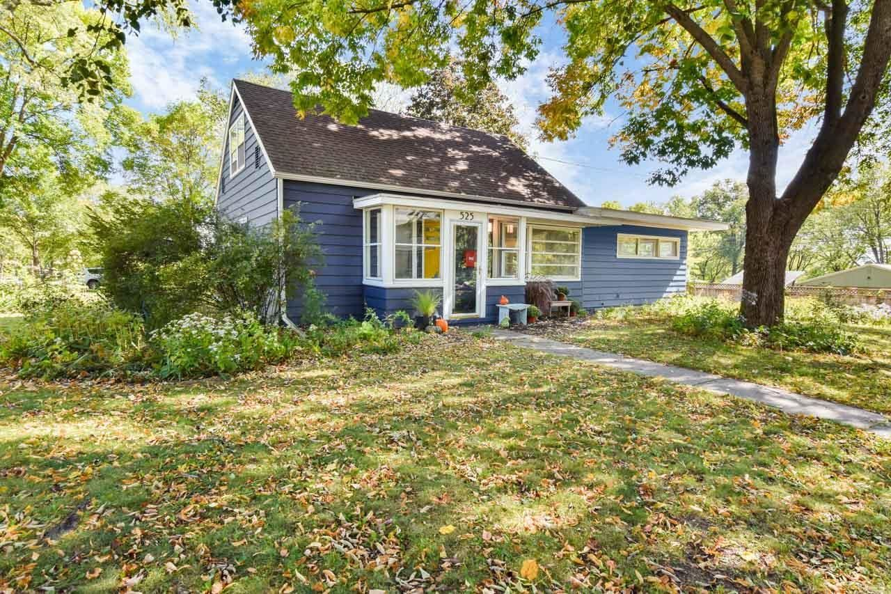 Photo for 525 Holly Ave, Madison, WI 53711 (MLS # 1920833)