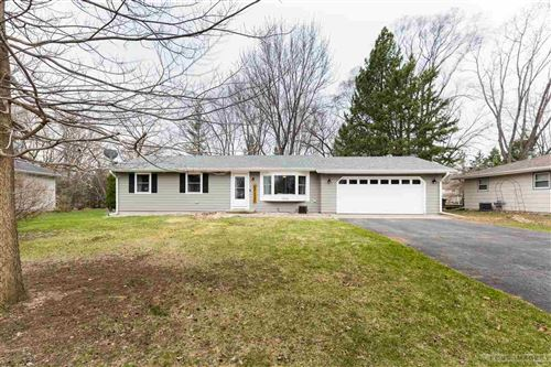 Photo of 1226 N Page St, Stoughton, WI 53589 (MLS # 1905834)