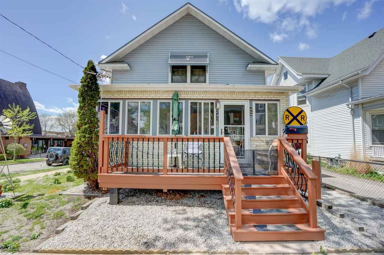 Photo for 242 Dunning St, Madison, WI 53704 (MLS # 1908834)