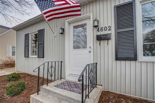 Photo of 4602 Schofield St, Monona, WI 53716 (MLS # 1873841)