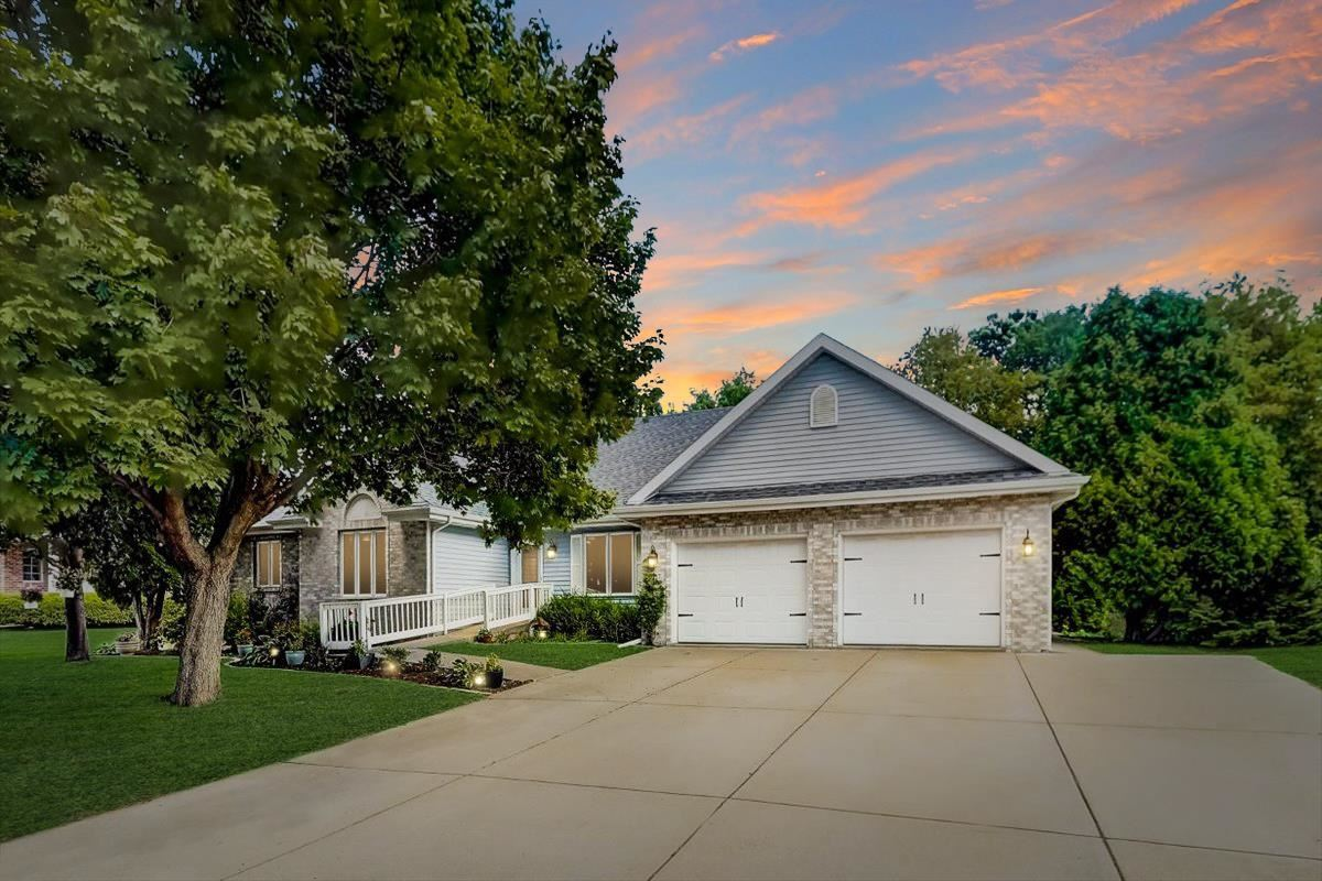 1317 McLean Dr, Madison, WI 53718 - #: 1918842