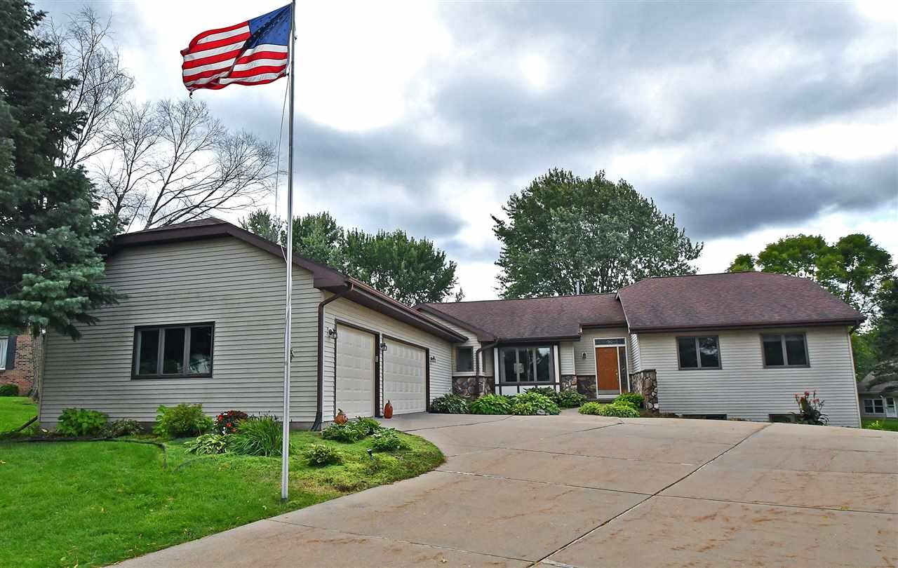 404 Hawthorn Ct, DeForest, WI 53532 - MLS#: 1869844