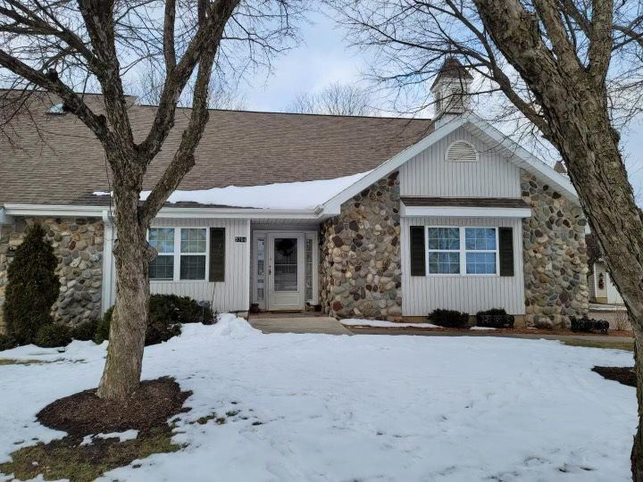 5704 Steeplechase Dr, Waunakee, WI 53597 - #: 1901844
